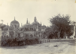 General view of the cemetery, [Surat]